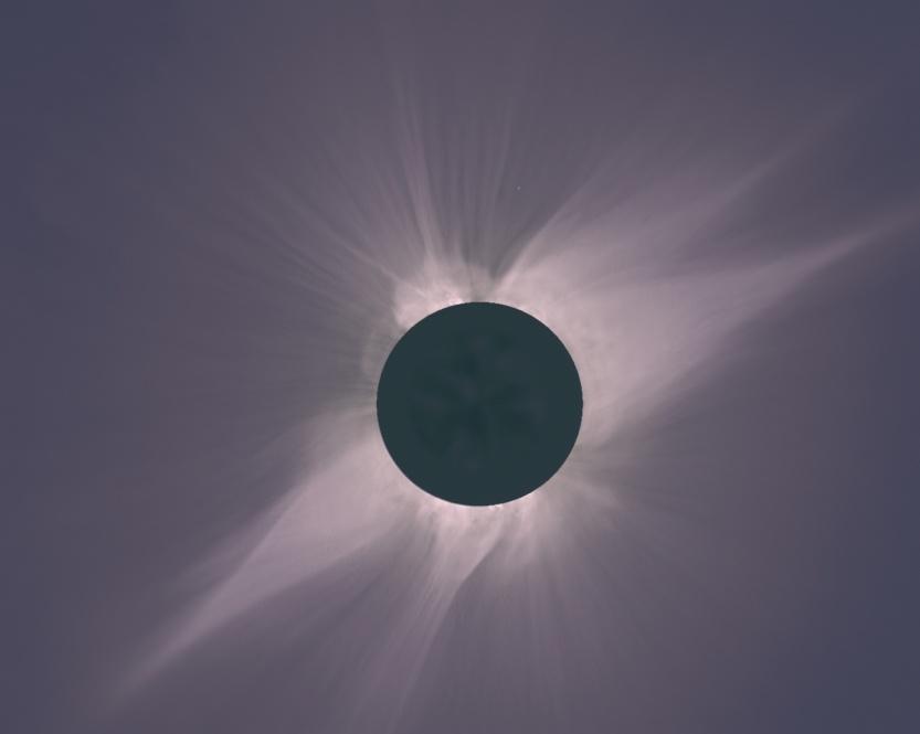 Eclipse Solar 1991:Vista do eclipse solar total de 11 de julho de 1991 como visto da Baja California. Este é um mosaico digital derivado de cinco fotografias individuais, cada uma exposta corretamente para um raio diferente da coroa solar. (Cortesia Steve Albers)