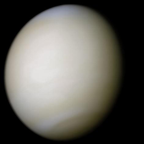 Atmosfera venusiana em cores reais, imagem capturada pela sonda Mariner 10