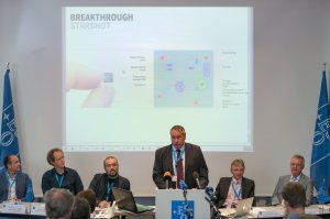 On 24 August 2016 at 13:00 CEST, ESO hosted a press conference at its Headquarters in Garching, near Munich, Germany. In this picture, Dr. S. Pete Worden gives a speech.